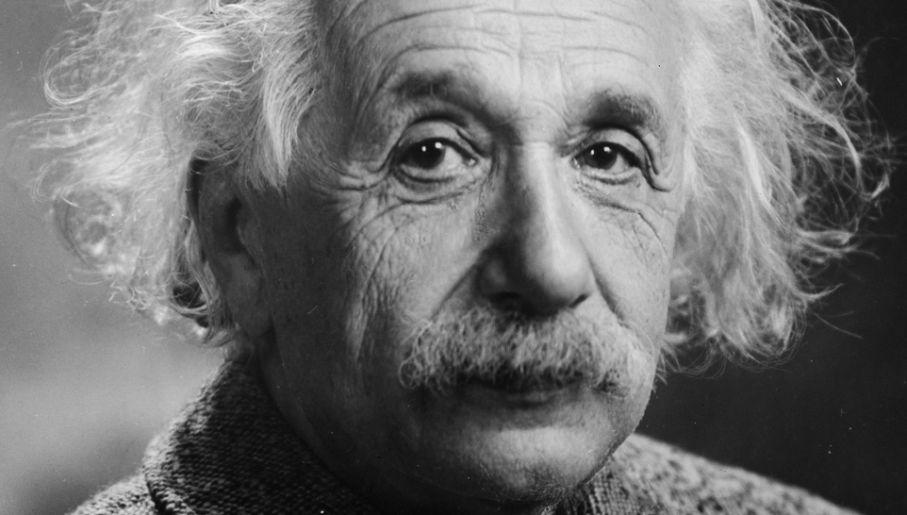 einstein - Co napisał Albert Einstein ouniwersalnej sile jaką jest miłość?